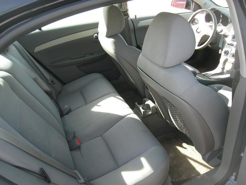 2011 Chevrolet Malibu LS 4dr Sedan - Frankfort IN