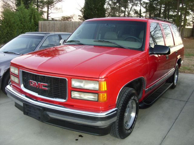 used 1999 gmc yukon slt in anderson sc at getsinger 39 s used cars. Black Bedroom Furniture Sets. Home Design Ideas