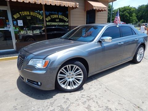 2011 Chrysler 300 for sale in Greenbrier, TN