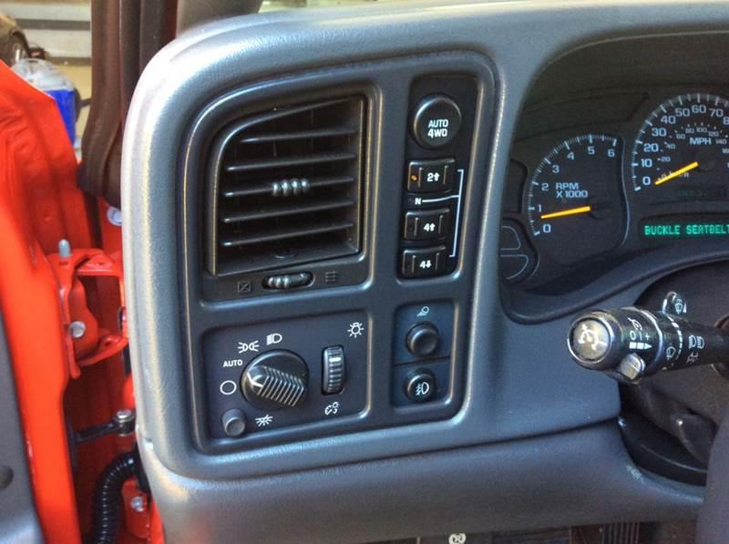 2005 Chevrolet Silverado 1500 4dr Extended Cab Z71 4WD SB - Huntersville NC