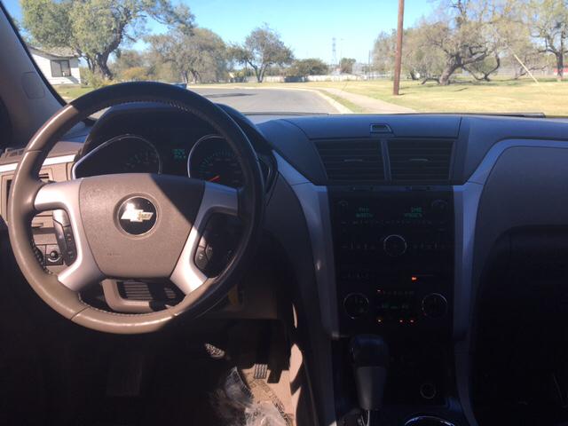 2010 Chevrolet Traverse LT AWD 4dr SUV w/2LT - San Antonio TX