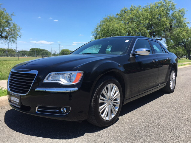 2013 Chrysler 300 C AWD 4dr Sedan - San Antonio TX