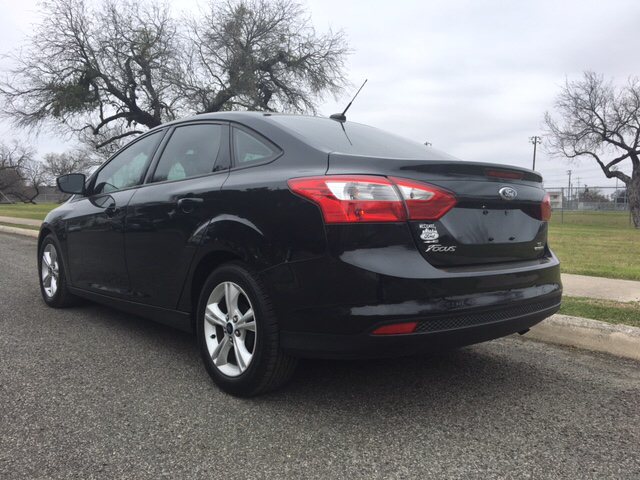 2014 Ford Focus SE 4dr Sedan - San Antonio TX