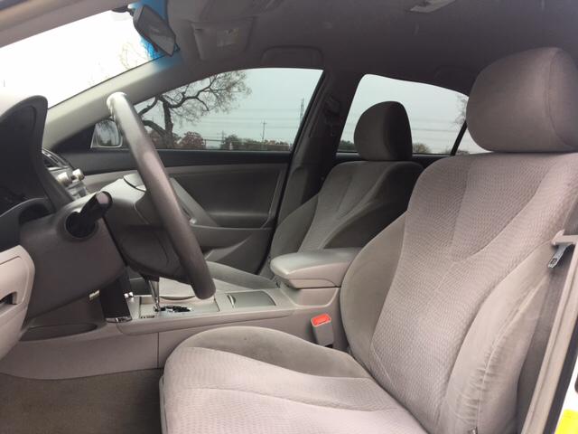 2011 Toyota Camry 4dr Sedan 6A - San Antonio TX