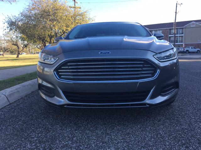 2013 Ford Fusion SE 4dr Sedan - San Antonio TX