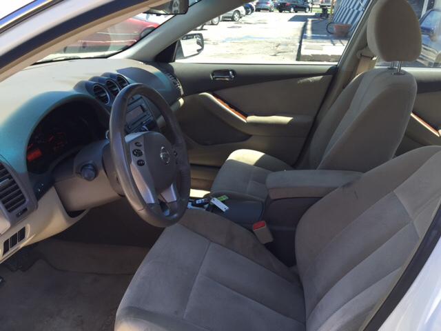2008 Nissan Altima 2.5 4dr Sedan - San Antonio TX