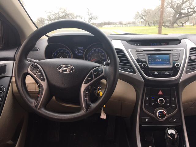 2014 Hyundai Elantra SE 4dr Sedan - San Antonio TX