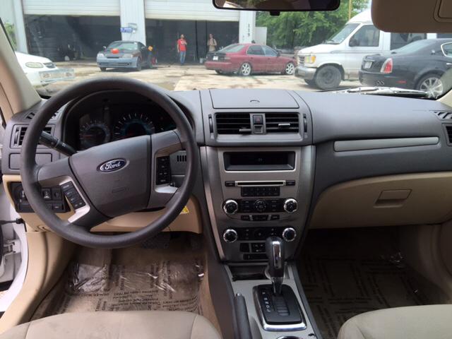 2010 Ford Fusion SE 4dr Sedan - San Antonio TX