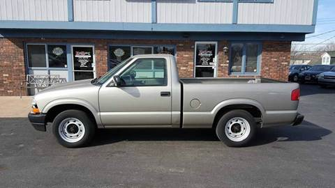 2003 Chevrolet S-10 for sale in Belleville, IL