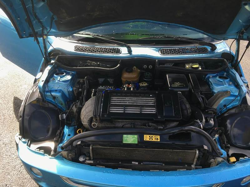2003 MINI Cooper S 2dr Supercharged Hatchback - Grants Pass OR
