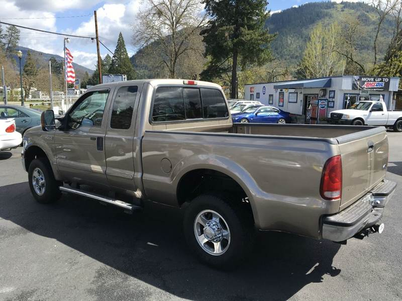 2005 Ford F-250 Super Duty 4dr SuperCab Lariat 4WD SB - Grants Pass OR