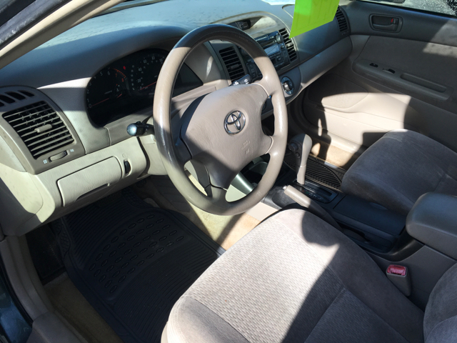 2004 Toyota Camry LE 4dr Sedan - Grants Pass OR