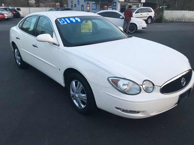 2006 Buick LaCrosse CX 4dr Sedan w/ Side Curtain Airbag Delete - Grants Pass OR