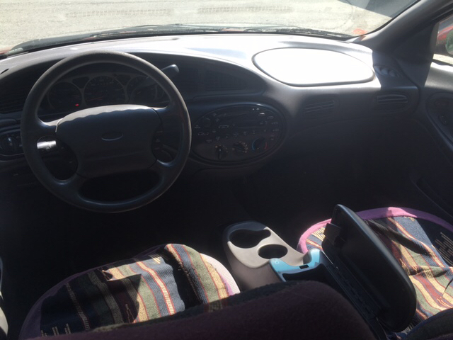 1999 Ford Taurus SE 4dr Sedan - Winchester NH