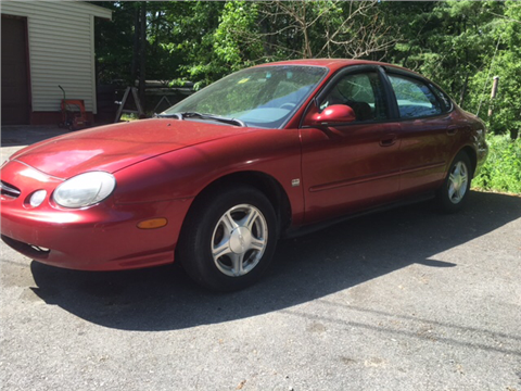 1999 Ford Taurus for sale in Winchester, NH