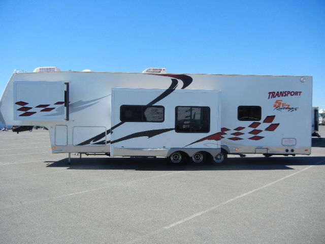 2006 thor transport fifth wheel toy hauler autos post. Black Bedroom Furniture Sets. Home Design Ideas