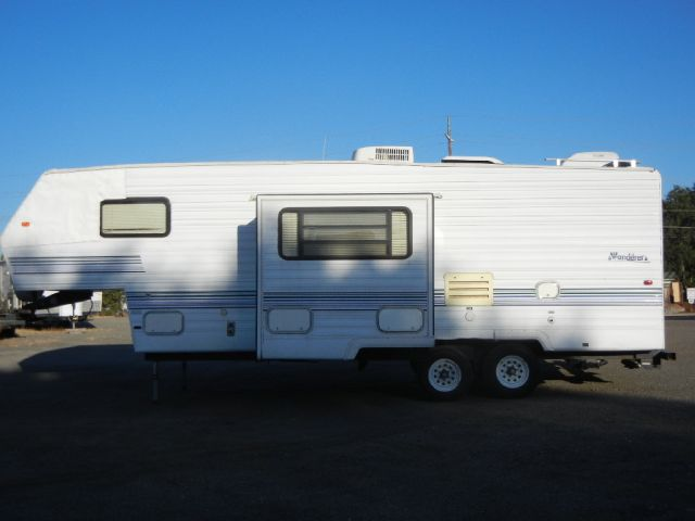 1997 Thor Industries Wanderer 5th Wheel
