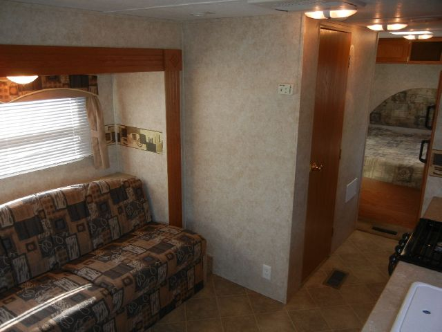 2006 Keystone Springdale 26' Travel Trailer