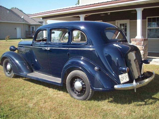1936 dodge ram chassis 4500 4 door sedan in ellendale for 1936 dodge 4 door sedan
