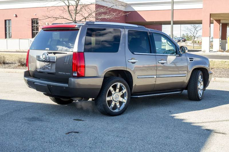 2011 Cadillac Escalade AWD Luxury 4dr SUV - Noblesville IN