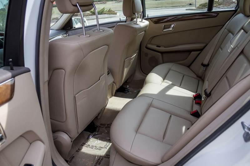 2011 Mercedes-Benz E-Class E 350 Luxury 4MATIC AWD 4dr Sedan - Noblesville IN