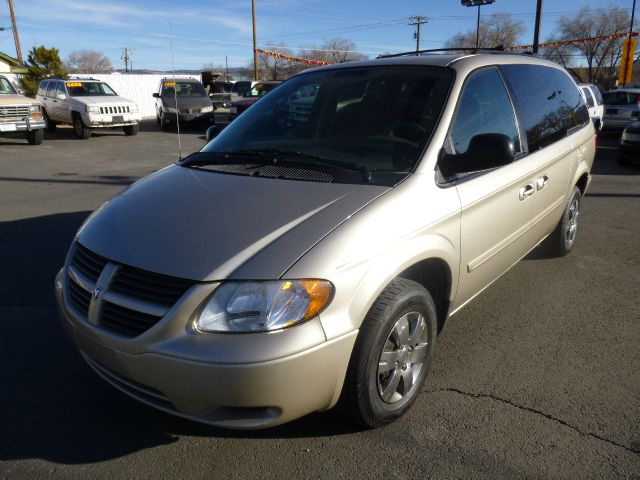 2005 DODGE GRAND CARAVAN SE gold abs brakesamfm radioanti-brake system 4-wheel absbody style