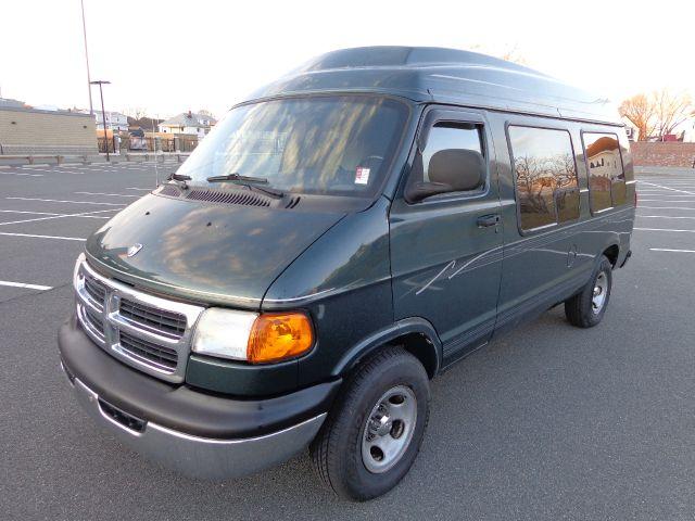 used 2000 dodge ram van 1500 in lynn ma at performance auto. Black Bedroom Furniture Sets. Home Design Ideas