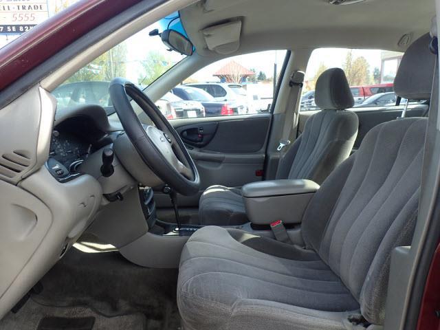 2001 Chevrolet Malibu 4dr Sedan - Portland OR