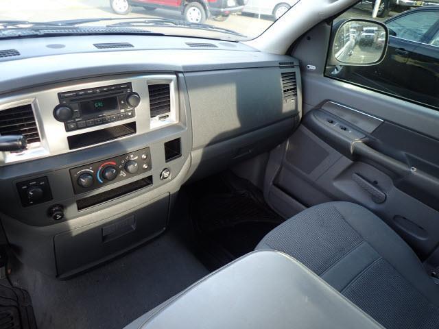 2007 Dodge Ram Pickup 1500 SLT 4dr Quad Cab 4WD SB - Portland OR