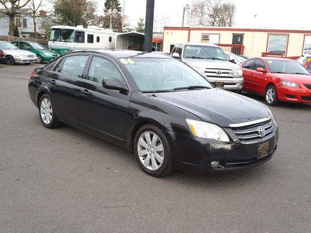 2006 Toyota Avalon XLS 4dr Sedan - Portland OR