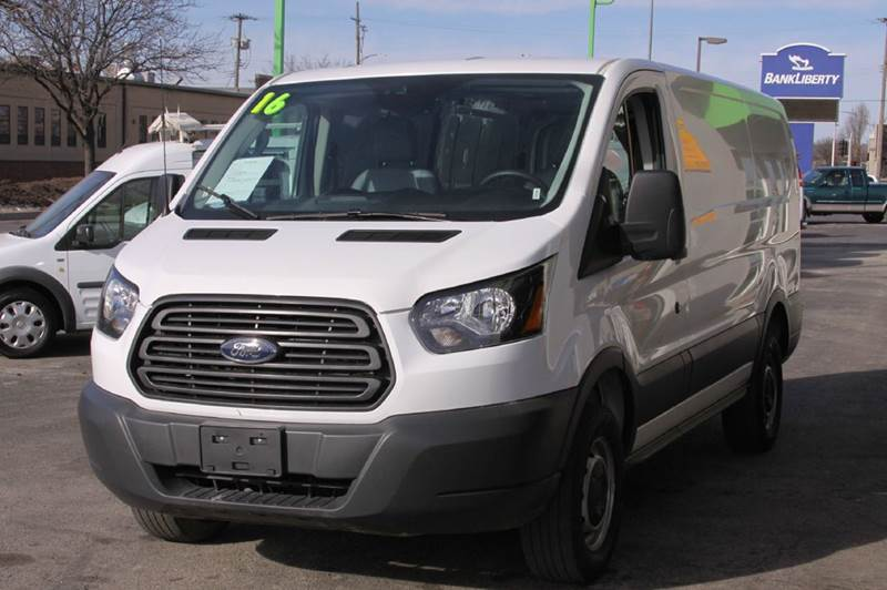 2016 Ford T250 Transit Cargo 250 low roof cargo van - North Kansas City MO