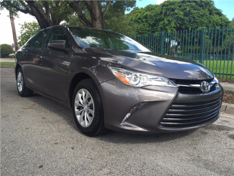 2015 Toyota Camry for sale in Hialeah, FL