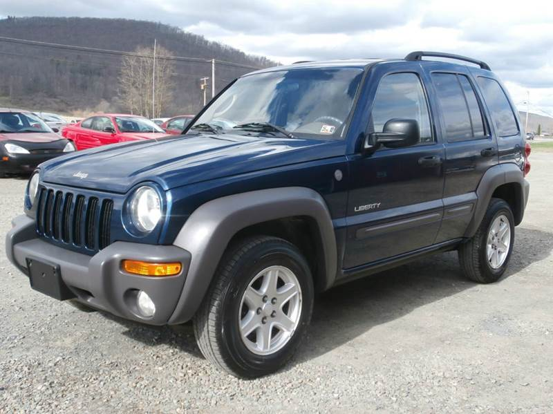 chrysler recalls 210 000 jeep liberty s u v 39 s for rust prone. Cars Review. Best American Auto & Cars Review