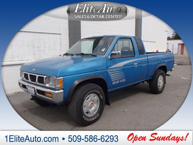 1995 NISSAN TRUCK SE V6 2DR 4WD EXTENDED CAB SB blue power steeringpower door lockspower window