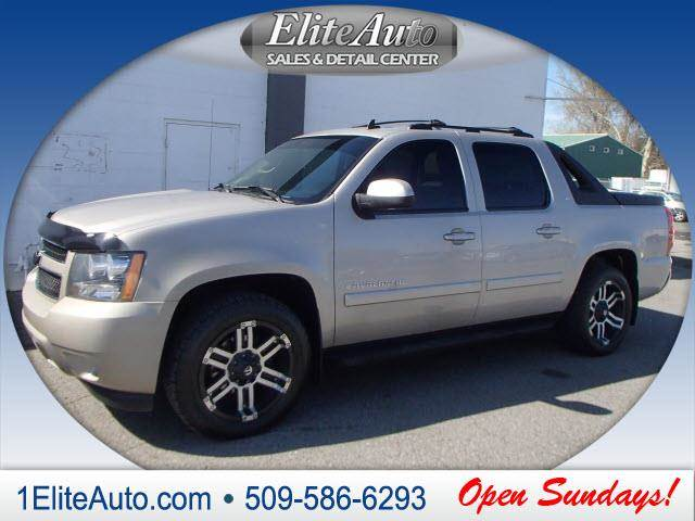 2007 CHEVROLET AVALANCHE LT 1500 4DR CREW CAB 4WD SB champagne power steeringpower door lockspo