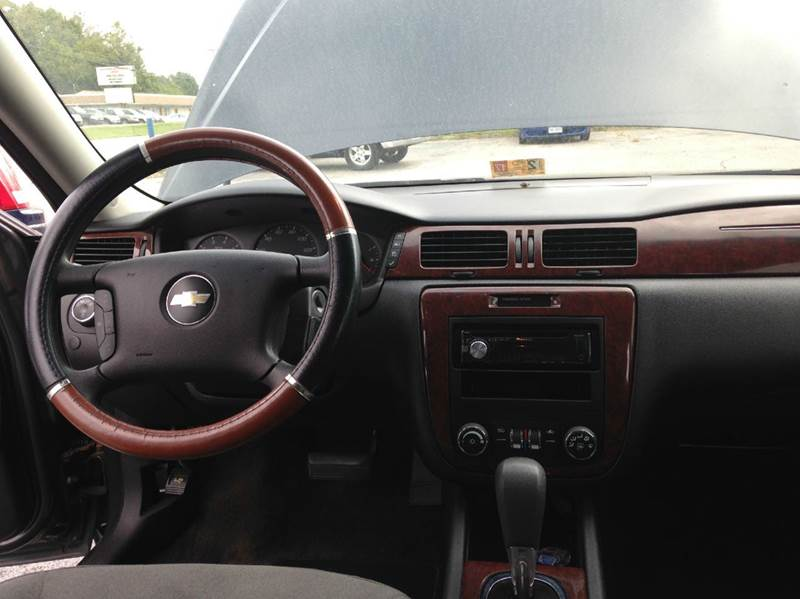 2009 Chevrolet Impala LS 4dr Sedan - Petersburg VA