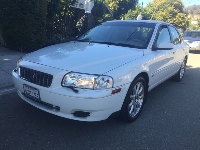 2004 VOLVO S80 25T 4DR TURBO SEDAN unspecified abs - 4-wheel anti-theft system - alarm cassett