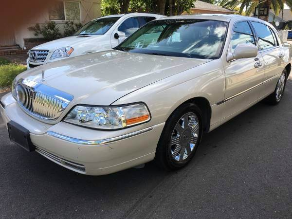 2003 LINCOLN TOWN CAR CARTIER 4DR SEDAN unspecified abs - 4-wheel adjustable pedals - power air