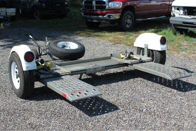 2008 ww FOREST RIVER CAR TOW  DOLLY  - Shelbyville MI