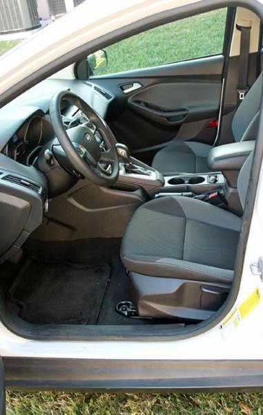 2013 Ford Focus SE 4dr Hatchback - Shelbyville MI