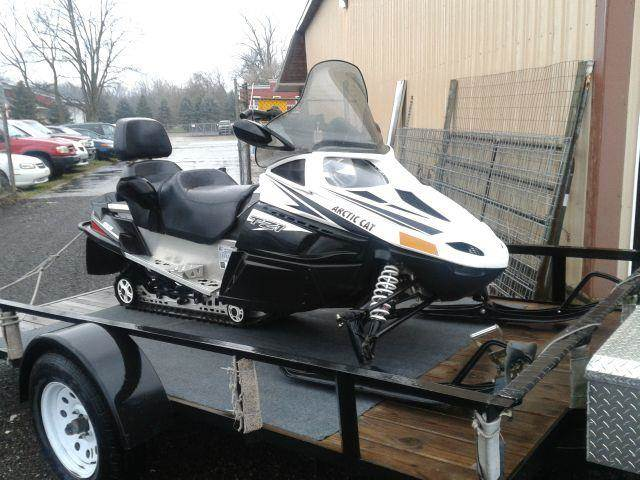 2011 ww ARCTIC CAT TZ-1  TOURING - Shelbyville MI