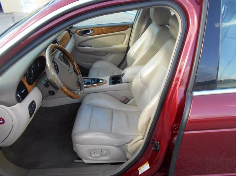 2004 Jaguar XJR Supercharged Sedan - Riverview FL