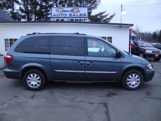 2006 chrysler town and country touring 4dr ext minivan. Black Bedroom Furniture Sets. Home Design Ideas