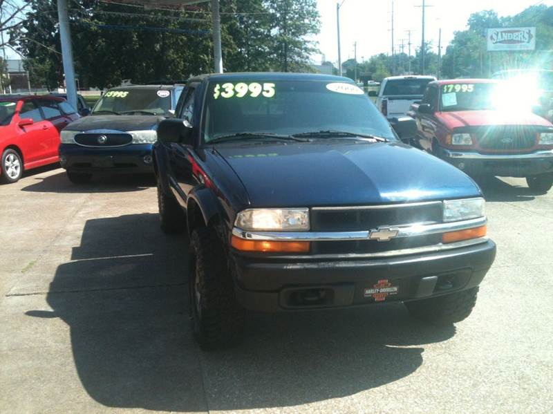 2000 Chevrolet S-10 3dr LS Wide Stance 4WD Extended Cab SB - Owensboro KY