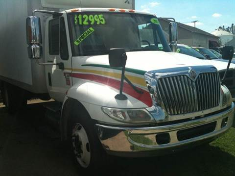 2005 International 4300 for sale in Owensboro, KY