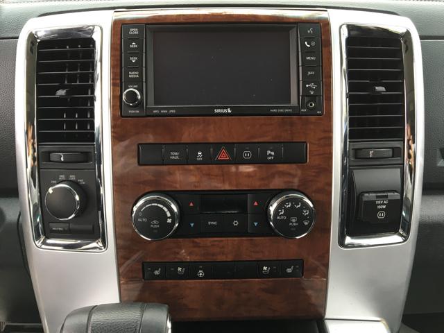 2010 Dodge Ram Pickup 1500 4x4 Laramie 4dr Crew Cab 5.5 ft. SB Pickup - Delaware OH