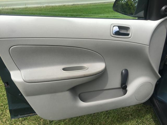 2006 Chevrolet Cobalt LS 4dr Sedan - Delaware OH