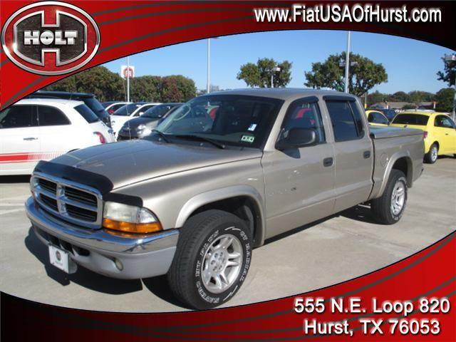 2002 DODGE DAKOTA QUAD CAB 131 WB SLT gold local trade-in  2002 dakota quad cab with slt trim pack