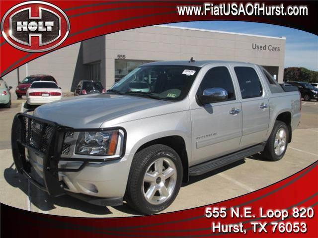 2010 CHEVROLET AVALANCHE 4WD CREW CAB LT sheer silver metallic this 2010 chevrolet avalanche is ce