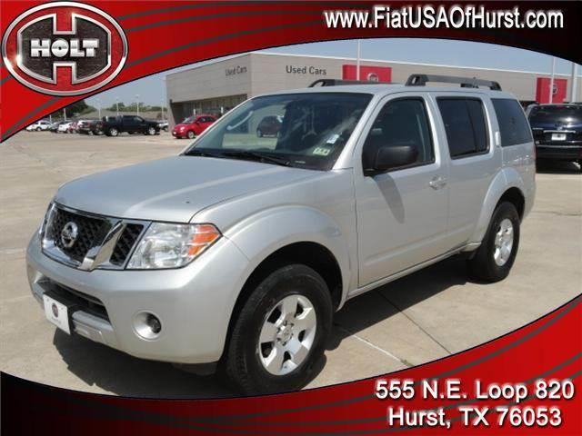 2011 NISSAN PATHFINDER SILVER dark slate this 2011 pathfinders truck-based brawn will come in han